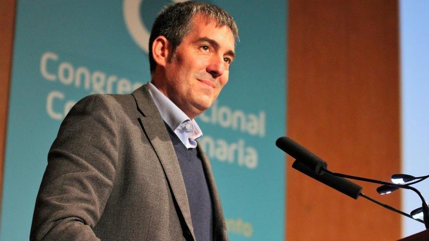 """Clavijo niega que haya pedido un """"cheque en blanco"""" al PP y valora la fórmula de acuerdos puntuales para gobernar"""