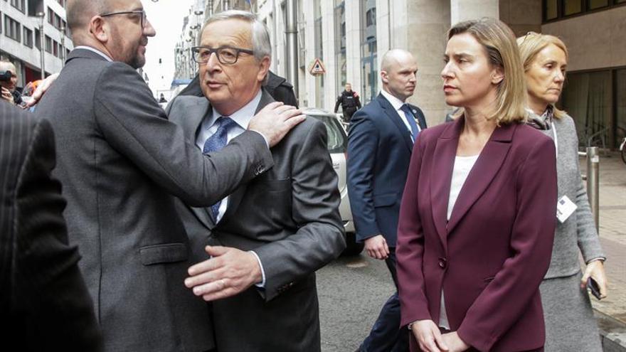 Juncker y Valls apuestan por una Unión Europea de la seguridad