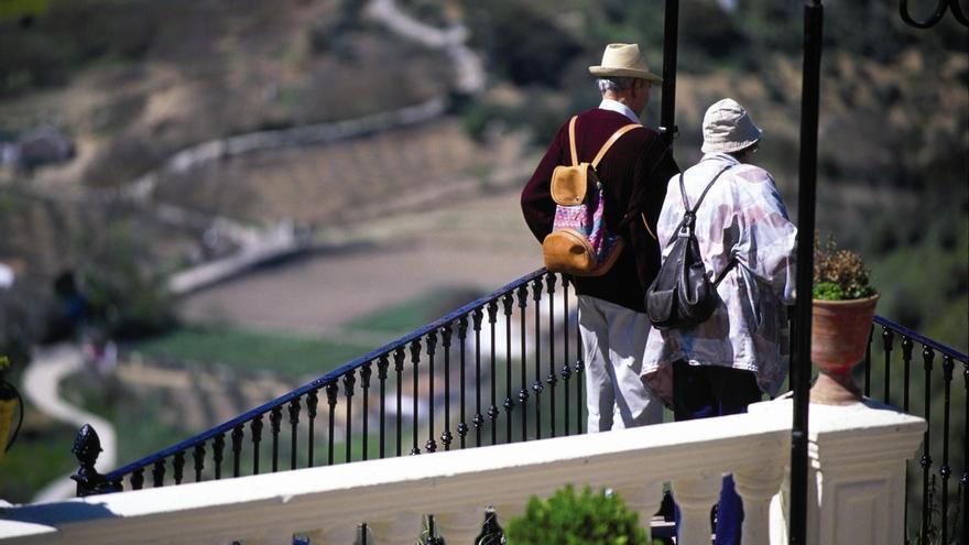 Las pernoctaciones extrahoteleras en Andalucía suben un 12,3% en febrero y los viajeros aumentan un 14,2%