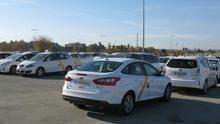 Junta y taxistas andaluces abordan las reivindicaciones del sector ante la regularización de los VTC