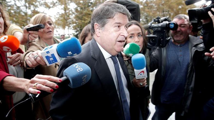 Olivas (Bancaja) cobró 580.000 euros como mediador en una operación empresarial