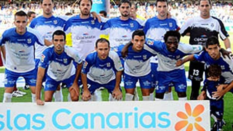 El equipo titular el pasado domingo ante el Cartagena. (ACFI PRESS)