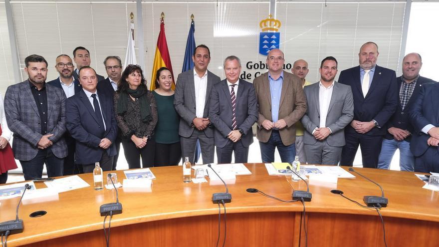 Imagen tras la reunión.
