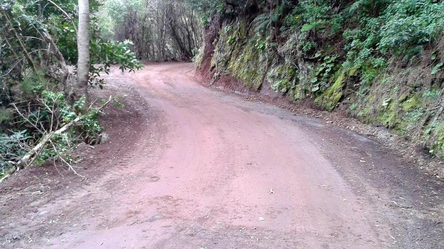 En la imagen, un tramo de la vía de acceso a Marcos y Cordero reparada.
