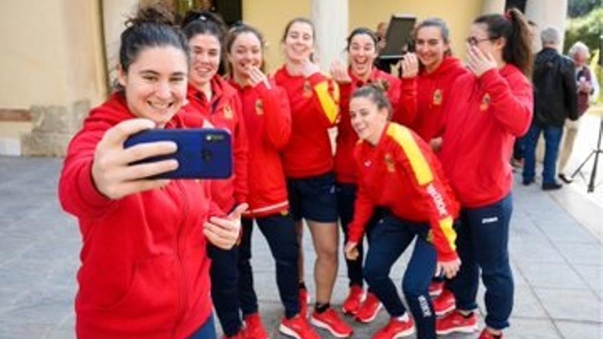 Almería da la bienvenida a 'Las Leonas' ante su partido internacional de rugby contra Escocia