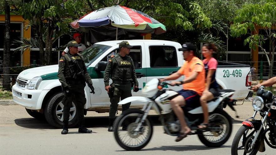Asesinan a un comandante y a un subcomandante de Policía en el noroeste de Colombia