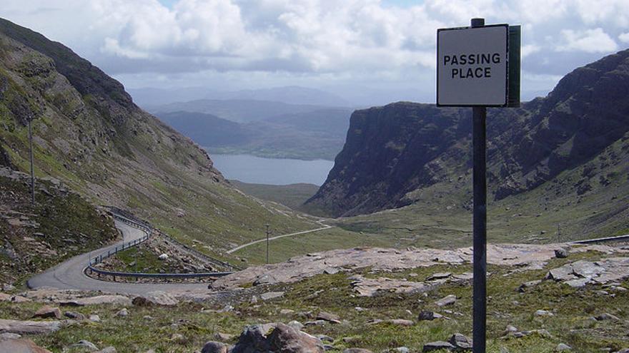 Passing Pass en el puerto de montaña de Bealach Na Ba. fw42