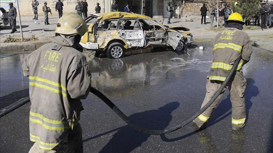 Tres muertos en un ataque suicida contra una diputada y activista afgana en Kabul