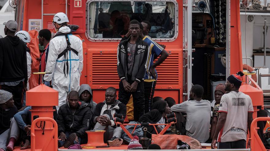 Rescatadas 47 personas de una patera al sur de Gran Canaria