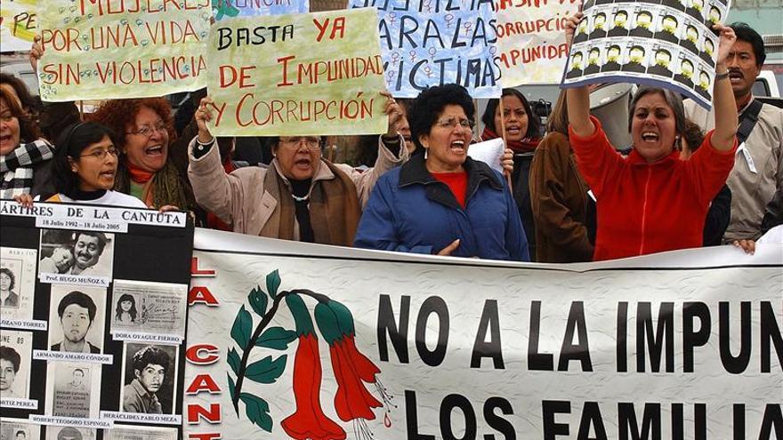 """Tres miembros del grupo """"Colina"""" son condenados por la masacre de La Cantuta en Perú"""
