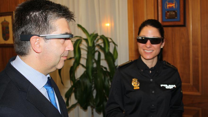 La Policía estudia el uso de las Google Glass en las patrullas policiales