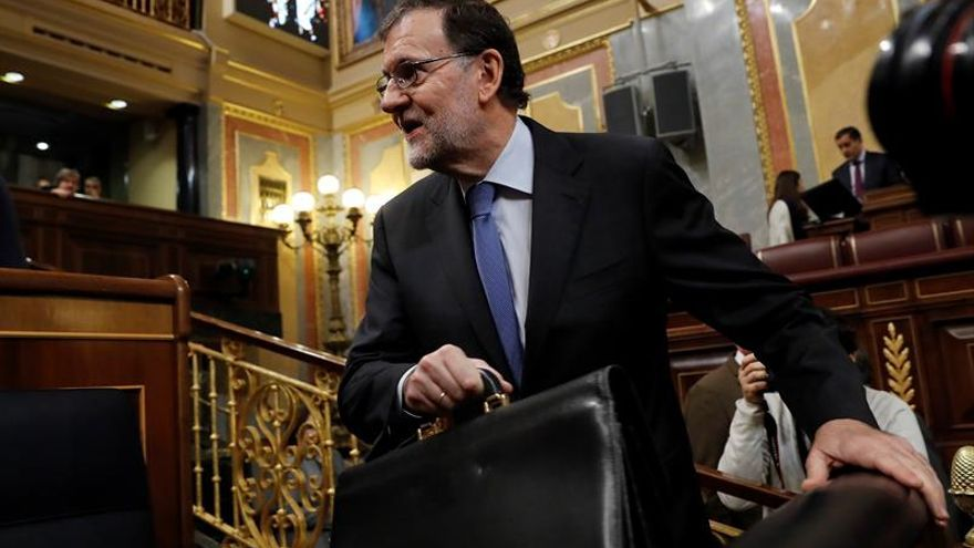 El PP consolida primer puesto tras arranque de legislatura, según El País
