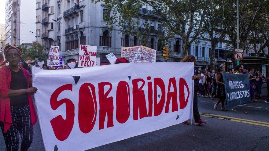Manifestación del 8M en Uruguay