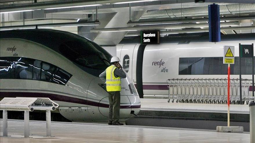 Renfe oferta por el Mobile 9.160 plazas más para el AVE Madrid-Barcelona