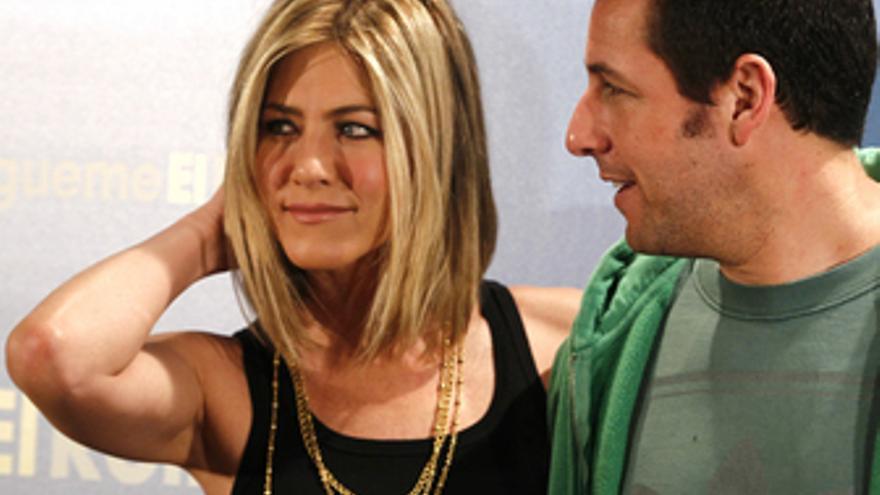 Jennifer Aniston y Adam Sandler