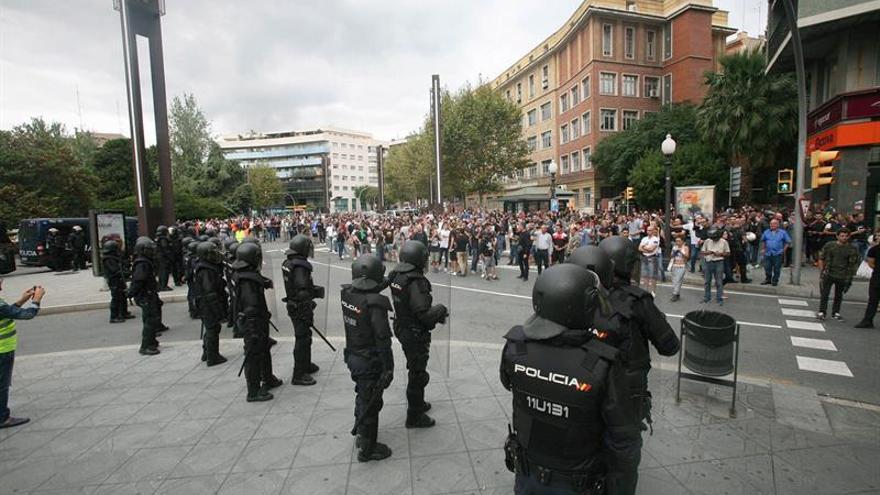 Hoteles de Barcelona echan a 500 policías y guardias civiles alojados