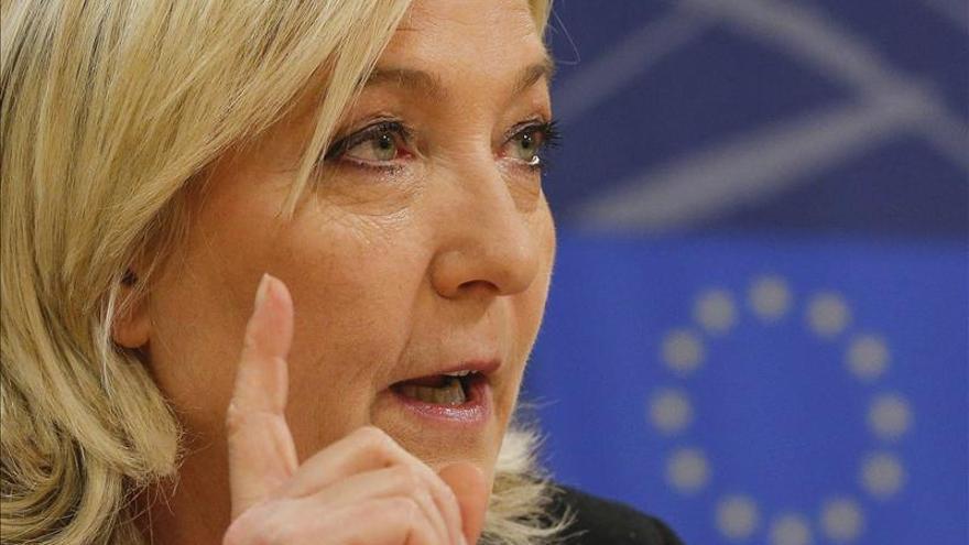 Abren los colegios electorales para las departamentales francesas