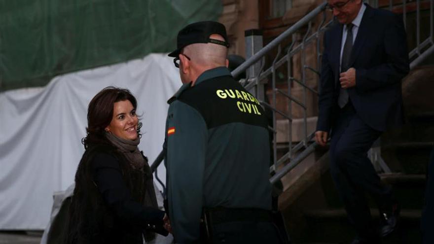 """El Govern ve """"extraño"""" que Santamaría se reúna primero con Iceta y Arrimadas"""
