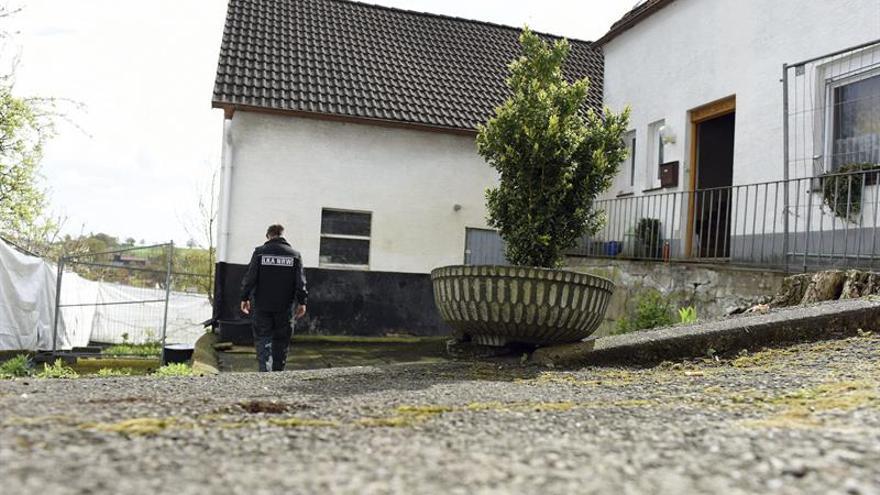 """La policía alemana desvela un segundo asesinato en la """"casa del horror"""""""