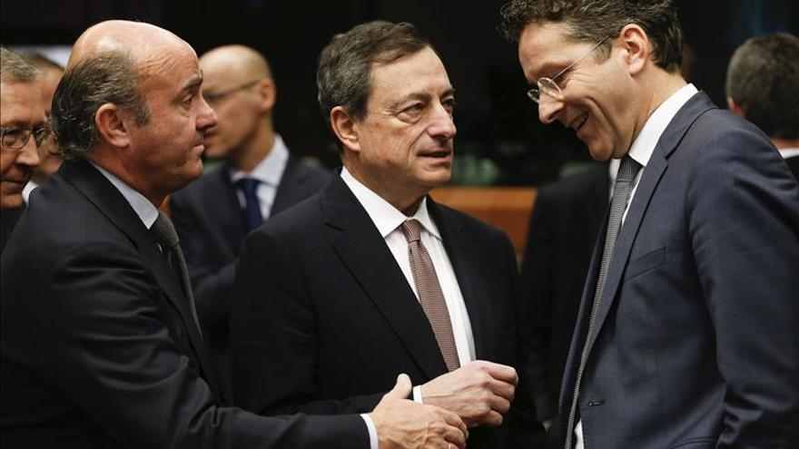 """El presidente del Eurogrupo avisa de que Grecia podría tener """"un problema"""" de liquidez"""