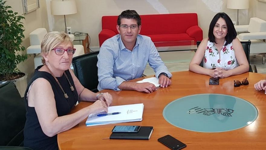 Ana Barceló, Jorge Rodríguez y Rebeca Torró, durante la reunión en la conselleria