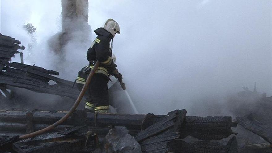 Evacúan 350 personas por un incendio en la Escuela de Drama Contemporáneo de Moscú