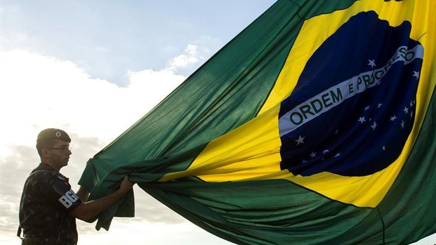 Una protesta contra las reformas de Temer acaba en incidentes frente al Congreso de Brasil