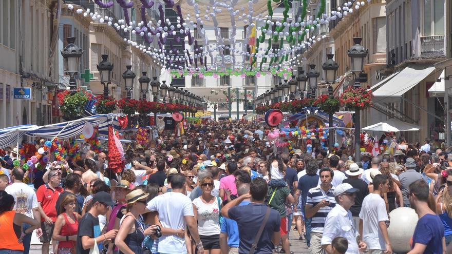 """De la Torre defiende que la Feria es """"segura"""" y que """"no se puede poner un policía detrás de cada ciudadano"""""""