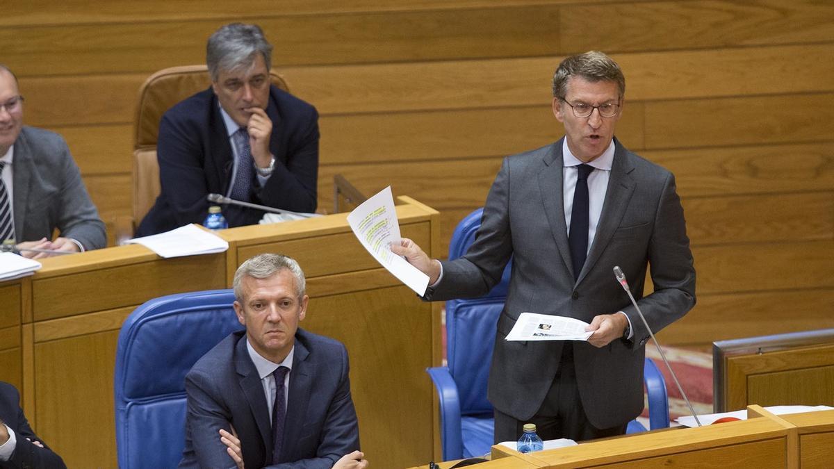 El presidente gallego, Alberto Núñez Feijóo, en el Parlamento de Galicia