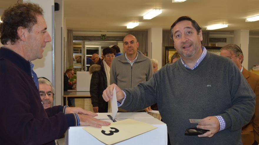 El conseller de Agricultura vota 'sí' a que Cataluña sea un Estado y 'no' a que sea independiente