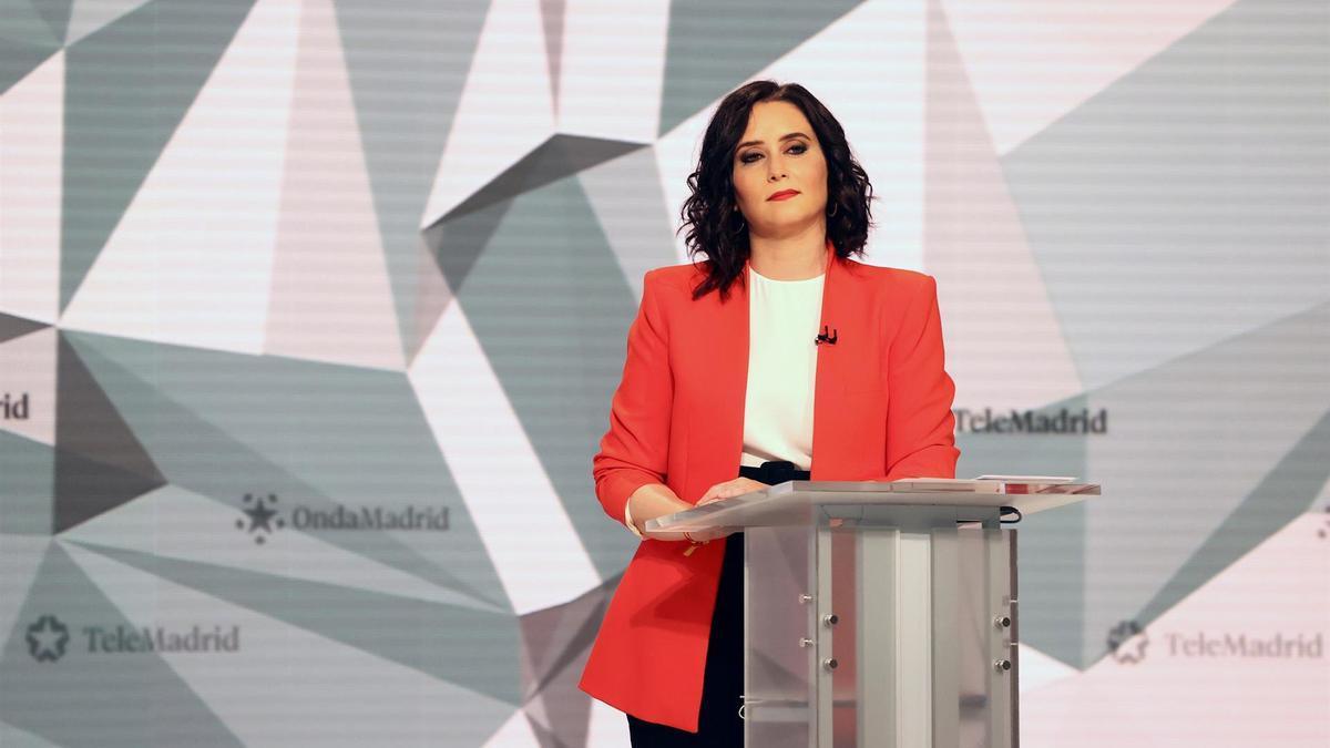 La candidata del PP a la Presidencia de la Comunidad de Madrid, Isabel Díaz Ayuso durante el debate en TeleMadrid