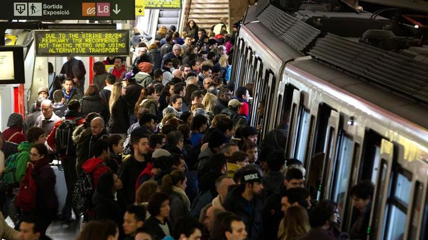 Imatge del metro de Barcelona en una jornada de vaga