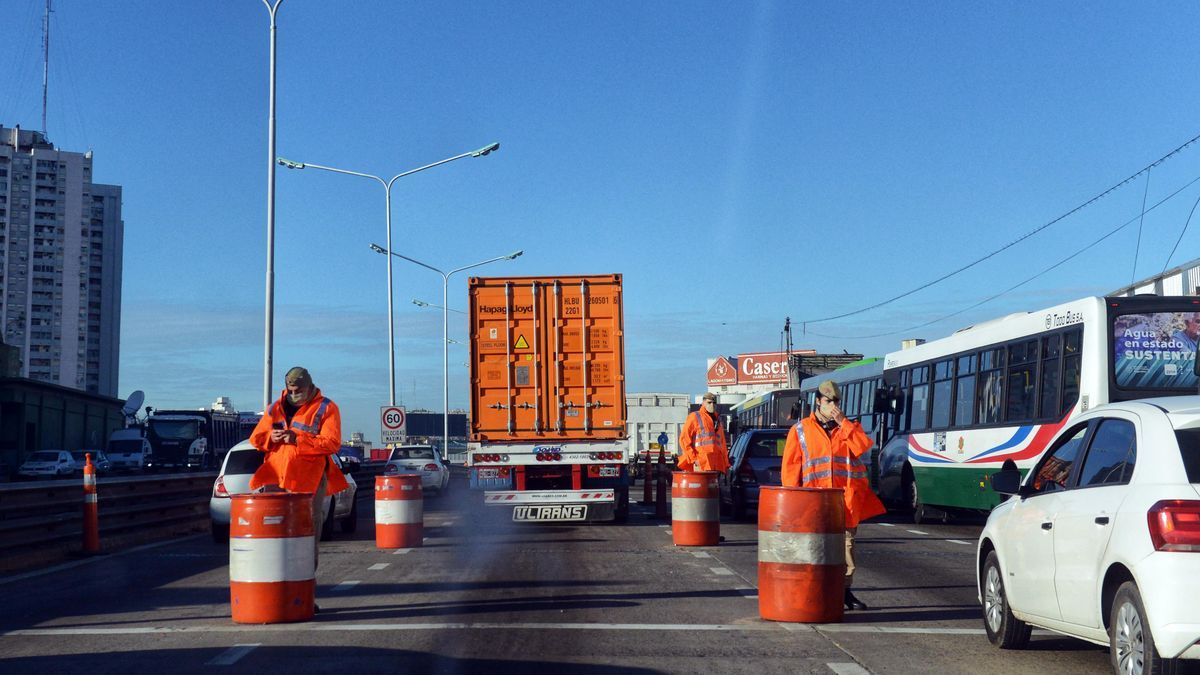 """El funcionario resaltó que hubo un """"acatamiento importante"""" sobre el uso del transporte público habilitado."""