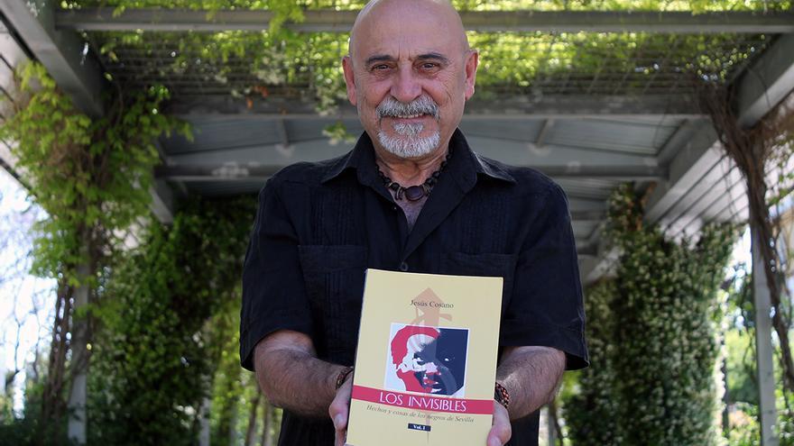 Jesús Cosano, autor de 'Los invisibles. Hechos y cosas de los negros en Sevilla'.   JUAN MIGUEL BAQUERO