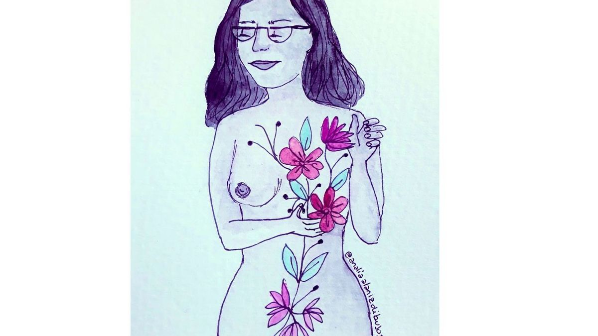 Una mujer a la que, sobre el  pecho operado, le nacen flores