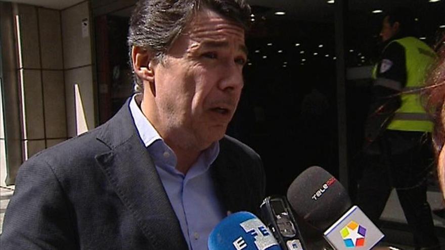 Ignacio González se querella contra Menéndez por calumnias e injurias graves