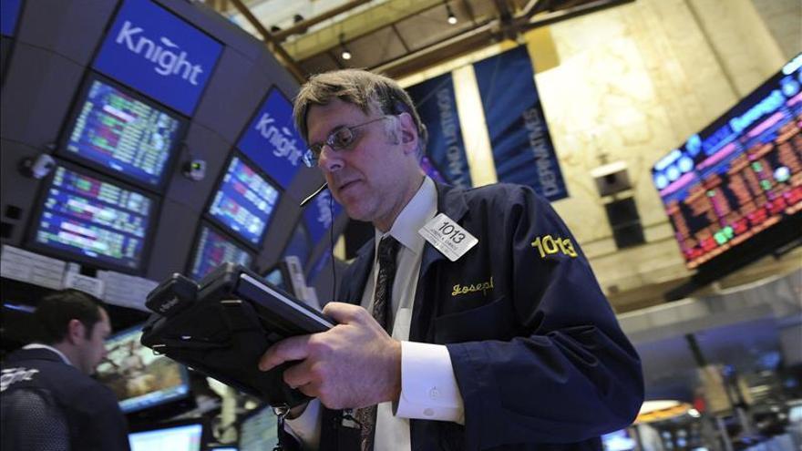 Wall Street abre a la baja y el Dow Jones cede un 0,12 por ciento