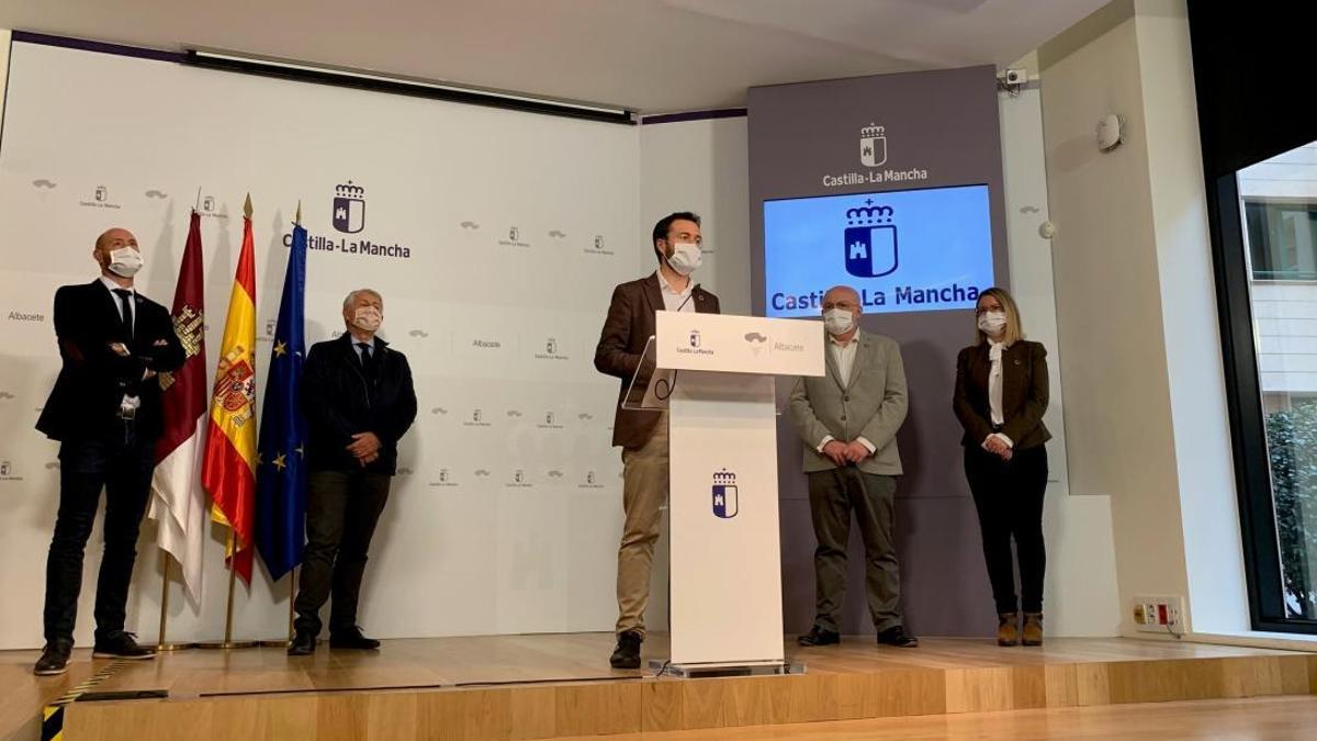 El consejero de Desarrollo Sostenible de Castilla-La Mancha en Albacete