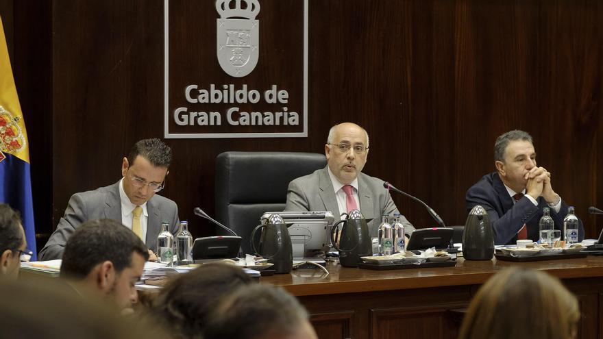 El presidente del Cabildo de Gran Canaria, Antonio Morales, en un pleno del Cabildo