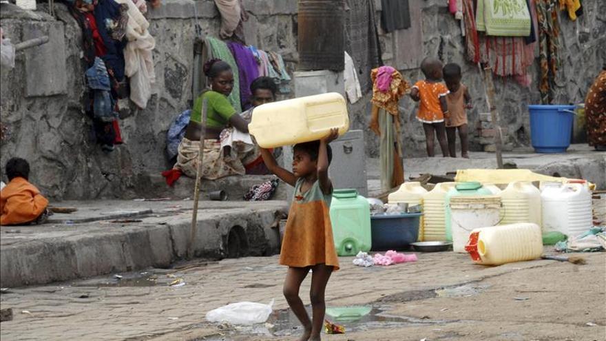 Agua para todos, pero no para todo