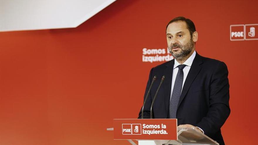 El PSOE descarta la mediación propuesta por Puigdemont e Iglesias