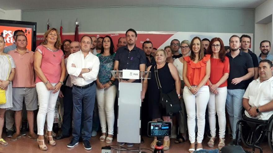 """Presentación de la candidatura """"Un PSOE Contigo"""" liderada por Emilio Saez."""