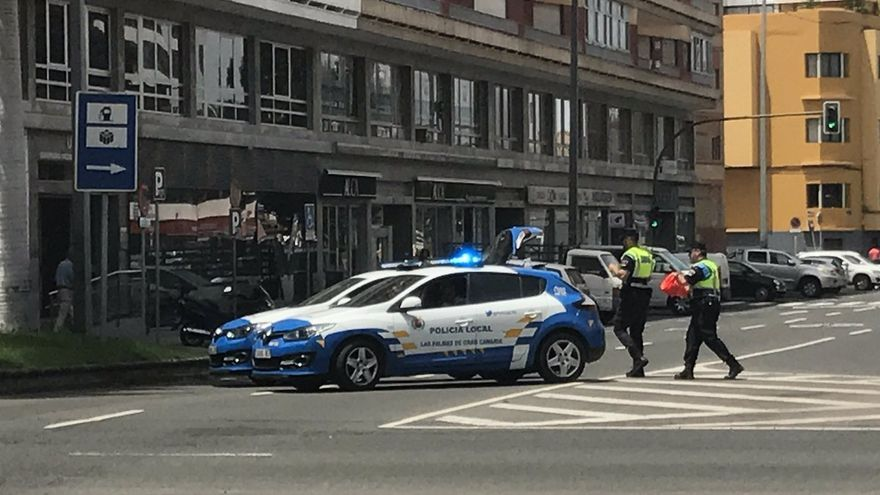 Despliegue policial  en Las Palmas de Gran Canaria por un paquete sospechoso