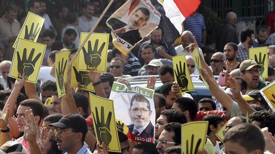 Un muerto y 15 heridos en las manifestaciones islamistas en Egipto