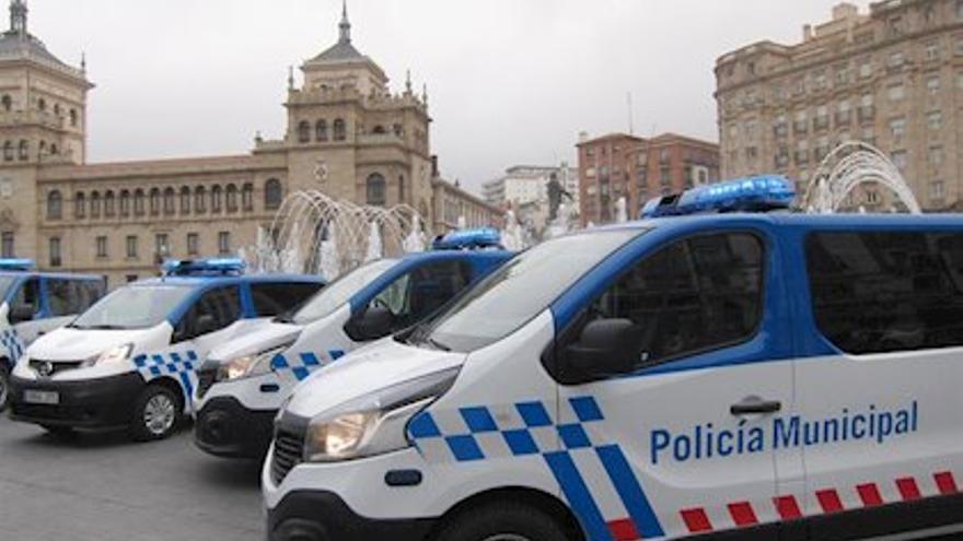 Coches de policía en Valladolid.