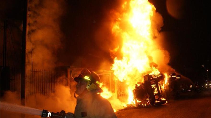 Al menos 18 muertos y 36 heridos en explosión de camión cisterna en México
