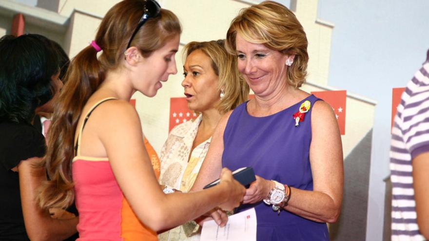 Esperanza Aguirre, en una entrega de llaves del Plan de Vivienda Joven de la Comunidad de Madrid