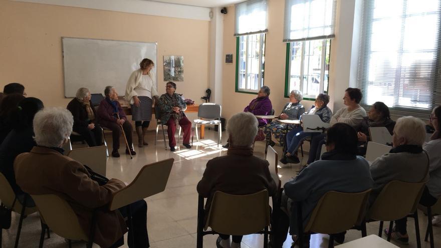 La Concejalía de Asuntos Sociales del Ayuntamiento de Tijarafe desarrolla, dentro del área de igualdad, un proyecto para el envejecimiento activo de las mujeres del municipio.