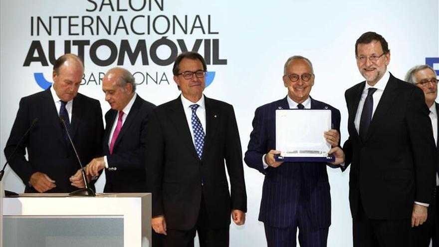 """Rajoy dice que es tiempo de seriedad y no de """"adanes"""" o de volver atrás"""
