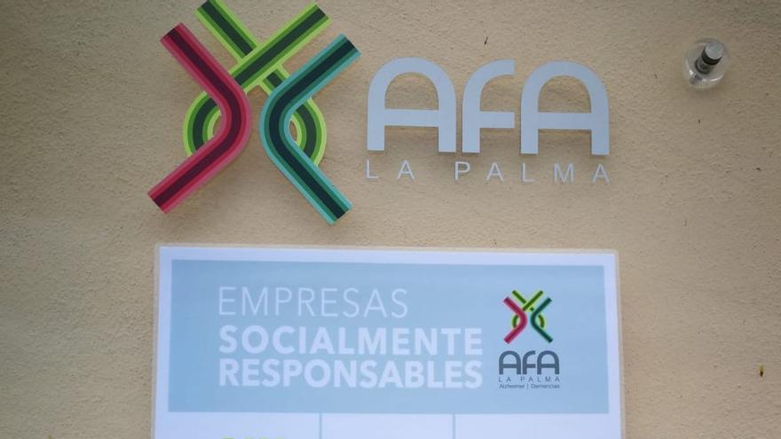 Placa con las empresas que colaboran con AFA La Palma.